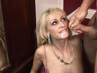 Skinny Blonde Matures Mummy Gets Her Face Covered In Nut-juice