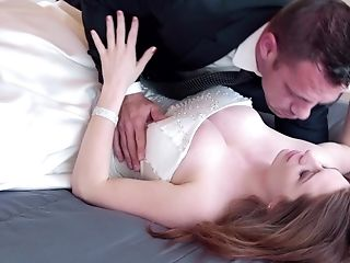 Fucking On The Couch With Huge-chested Housewife Veronica Vain. Hd Movie