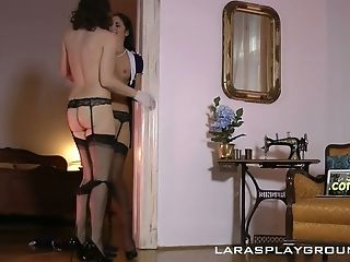Awesome Hungarian Sapphic Loren Minardi Is So Into Eating Humid Vulva