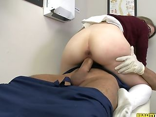 Four Eyed Wonk Victoria Kennedy Gets Her Jiggly Labia Fucked
