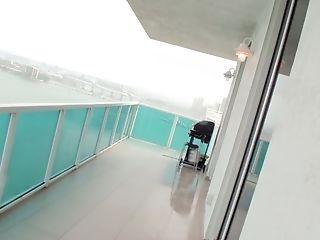 Hot And Sexy Girlie Gulliana Alexis Deep Throats A Man Rod On The Balcony
