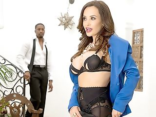 Cougar Lisa Ann + Big Black Cock = Interracial Xtc