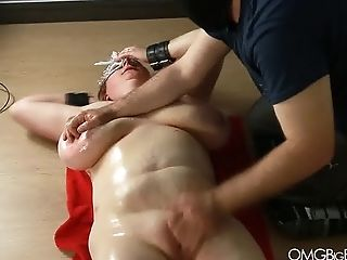 Huge-titted Bottom Cooch Fingerblasted By Her Master