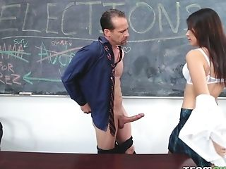 Deviant Professor Fucks Blondie And Awesome Bitchy School Chick Audrey Royal